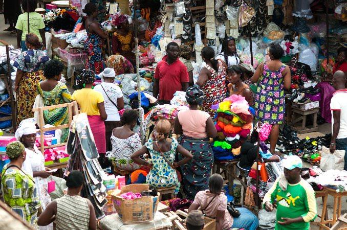 Commerçantes dans un marché de Lomé