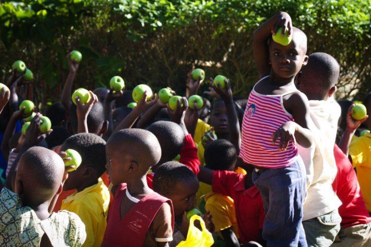 Enfants africains - Crédit photo (libre) : Andrew Itaga