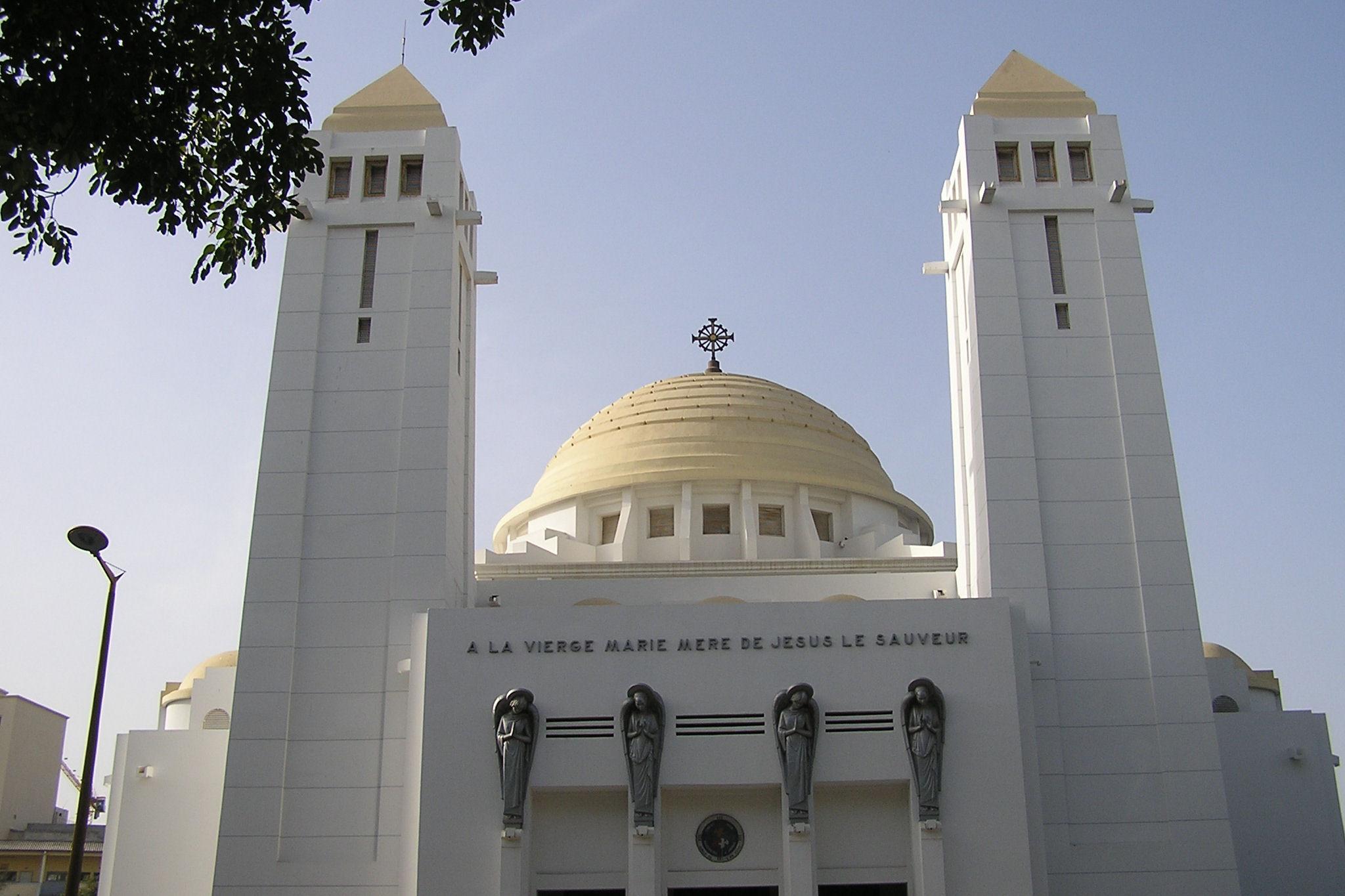 Cathédrale de Dakar - Image : commons.wikimedia.org