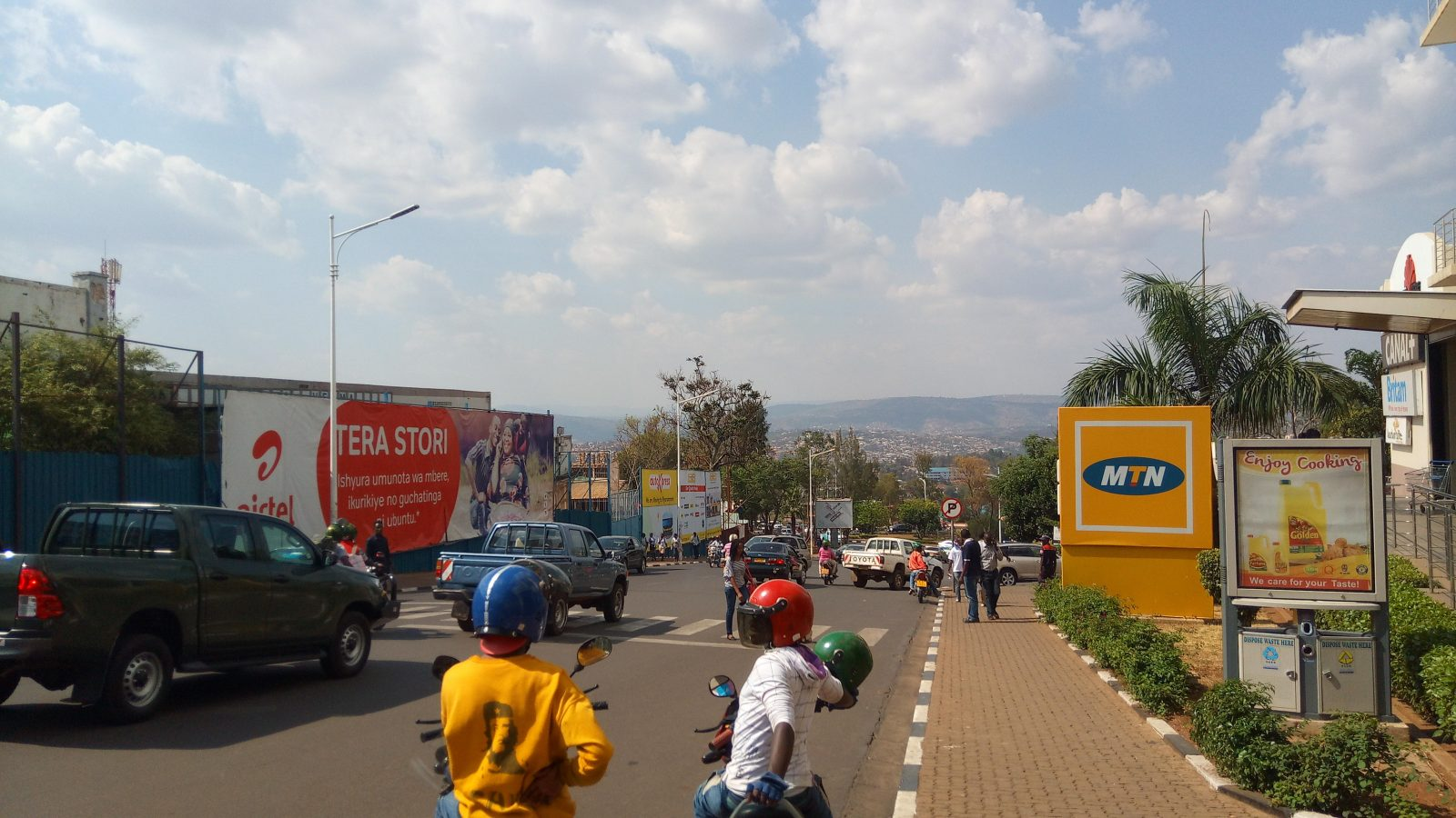 Scène de circulation à Kigali - Photo : Roger LASMOTHEY