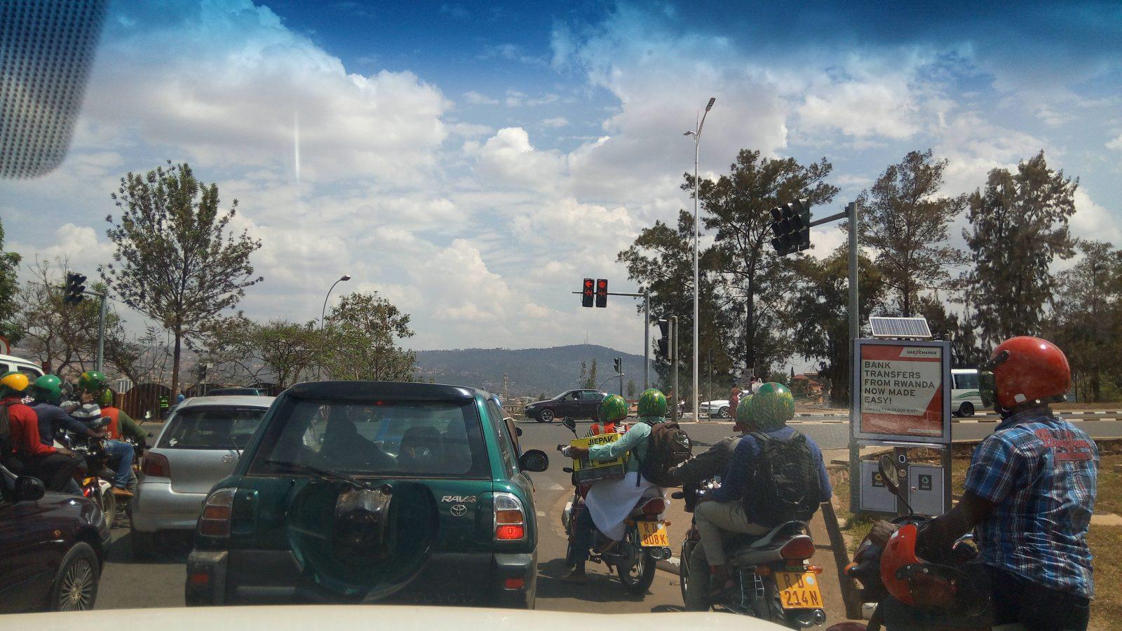 Scène de circulation à Kigali - Photo : Roger Mawulolo
