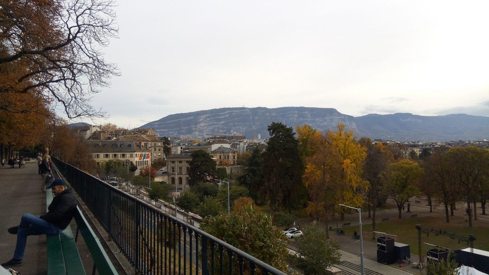Vue de Genève, en Suisse, depuis les hauteurs de la vieille ville - Photo : Roger Mawulolo