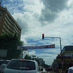 Une route principale de Douala - Photo : Roger Mawulolo