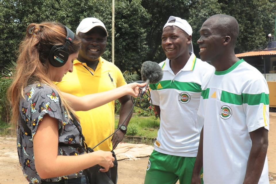 Des membres de la délégation togolaise répondant à RFI - Photo : Mondoblog RFFI