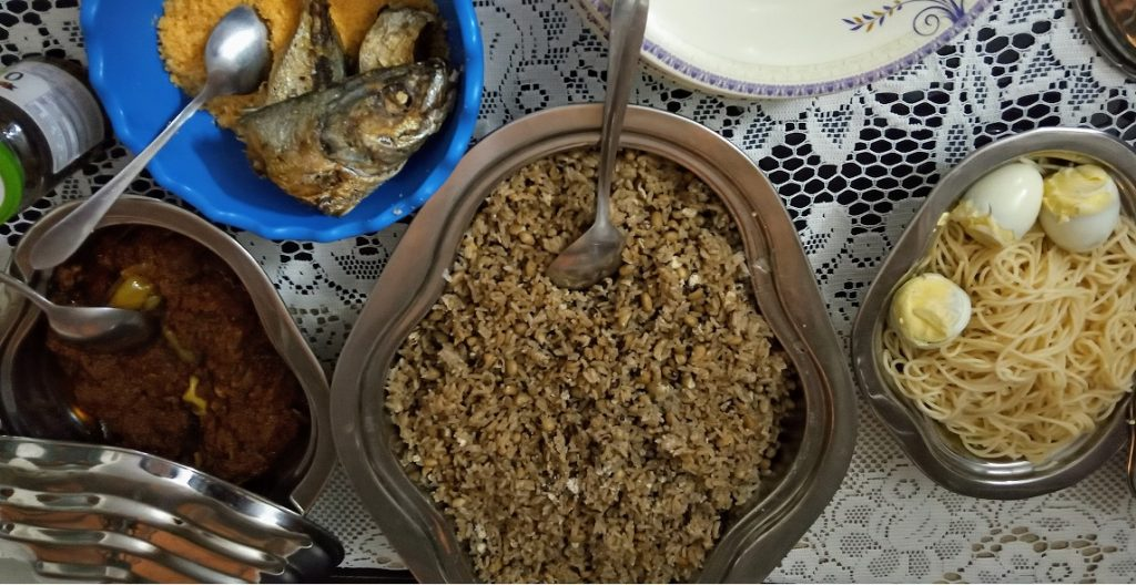 Ayimôlou (riz au haricot) - Photo : Roger Mawulolo