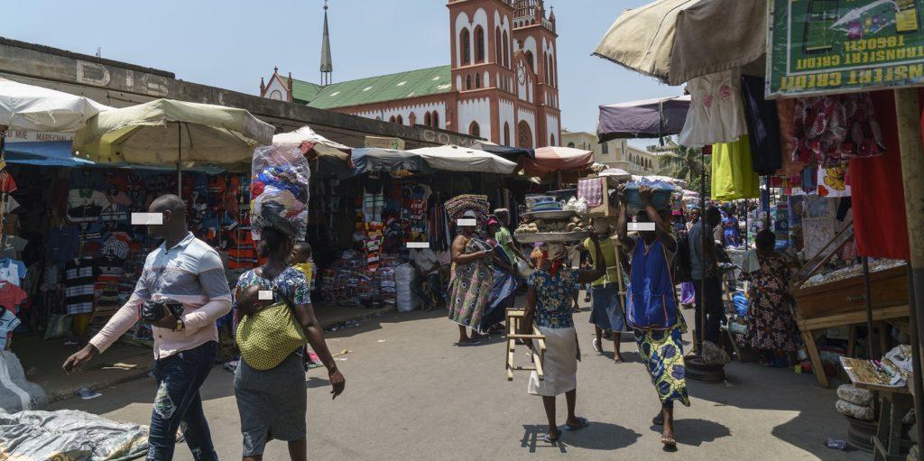 Scène du grand marché Assiganmé - Lomé - Licence Creative Commons cc-by-sa-2.0